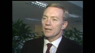 February 25, 1989: Jerry Jones buys the Cowboys