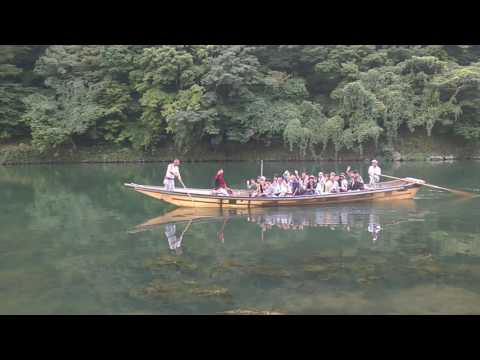 Japan Guide Kyoto: Powerful and Friendly Boat Man