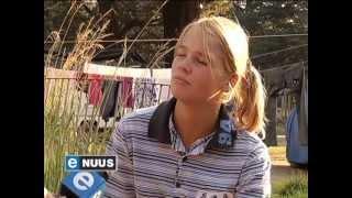 Jong atletiekster woon in plakkerskamp / Young athletics star lives in squatter camp