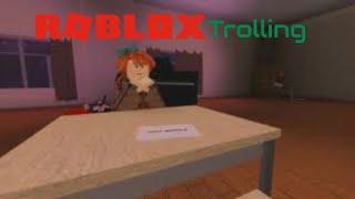 Trolling comme Monika!- Roblox à la traîne #1