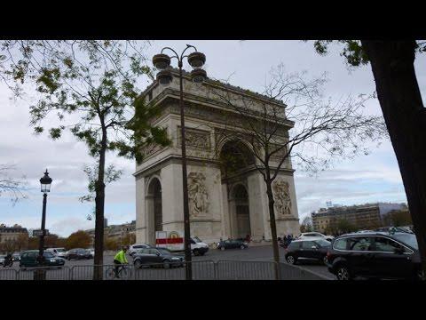 France - Paris - Champs Elysées en Automne - Novembre 2015