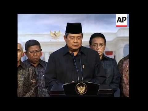 Grief as body of ex-president leaves hospital, file; SBY