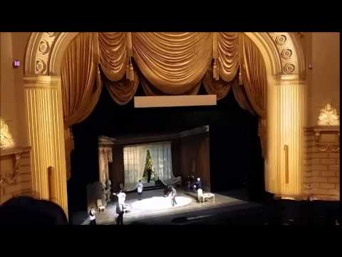 San Francisco Opera - What do they do behind closed curtain?