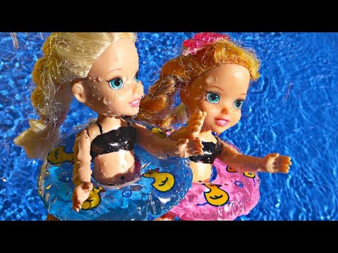 Elsa and Anna toddlers at the water park with My little Pony and LPS