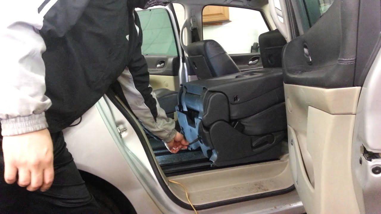 HOW TO CHANGE REPLACE REAR SEAT RENAULT ESPACE 2007 - YouTube
