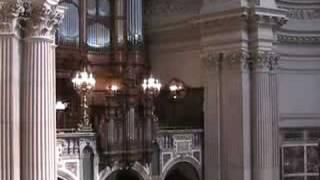 """Berlin-Mitte: Choral """"Ich bin getauft auf deinen Namen"""", Wochenlied 6. Sonntag n. Trinitatis"""