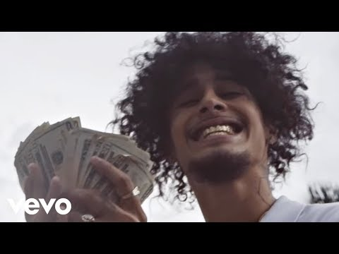 wifisfuneral - Love The Feeling ft. Robb Banks (Official Music Video)