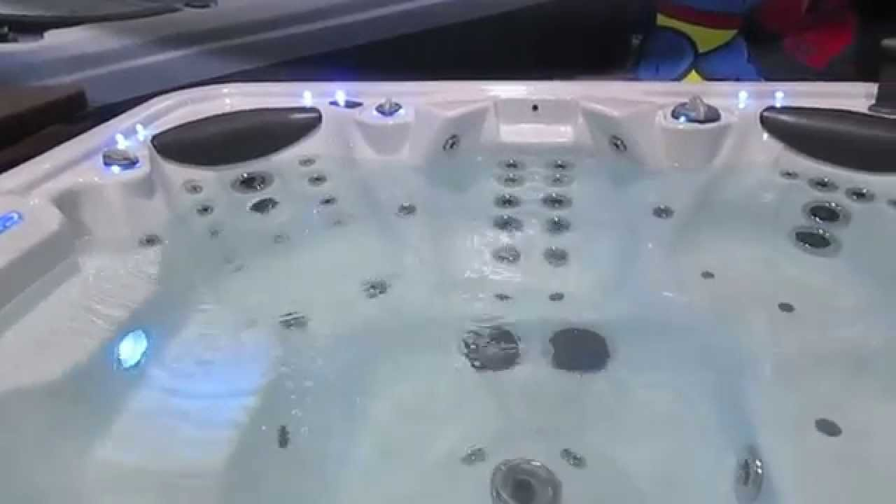 Hydrospa Hot Tub 8x8 74 Total Jets 4 Pumps Stereo LED Waterfall The ...
