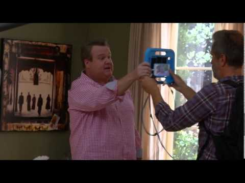 Modern Family Season 6 Episode 103 Connection Lost Behind the Scenes