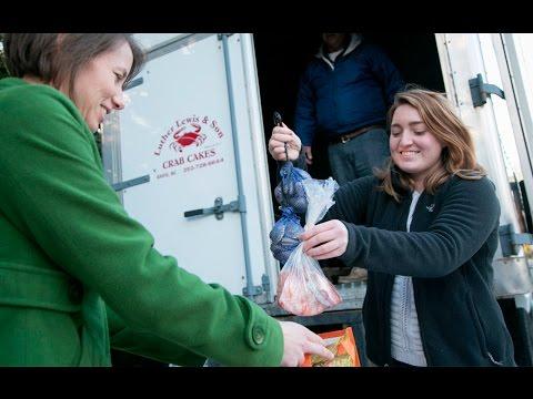 Mobile Farmers Market; #DukeSpring: The Week at Duke in 60 Seconds