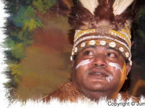 Mambesak Papua Pasar Malam Zeist 2010.wmv