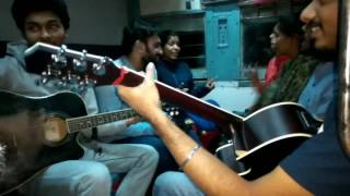Train Vlog#2 | i Bet Isse Achhi Jouney Ni Ho Sakti kabhi | Band performance In Running Train Perf