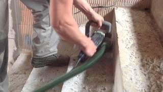 Broušení betonového schodiště - FESTOOL RENOFIX RG 130