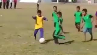 Video anak sd main bola ketendang kemaluanya viral lucu terbaru download MP3, 3GP, MP4, WEBM, AVI, FLV September 2018
