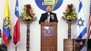 pastor evangélico vs predicador católico