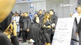 محمد منير ونبيلة عبيد ومحمود ياسين في عزاء «نور الشريف»