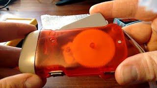 Fake 3-LED Dynamo Hand-Crank Flashlight from Ebay,China - TEARDOWN Video