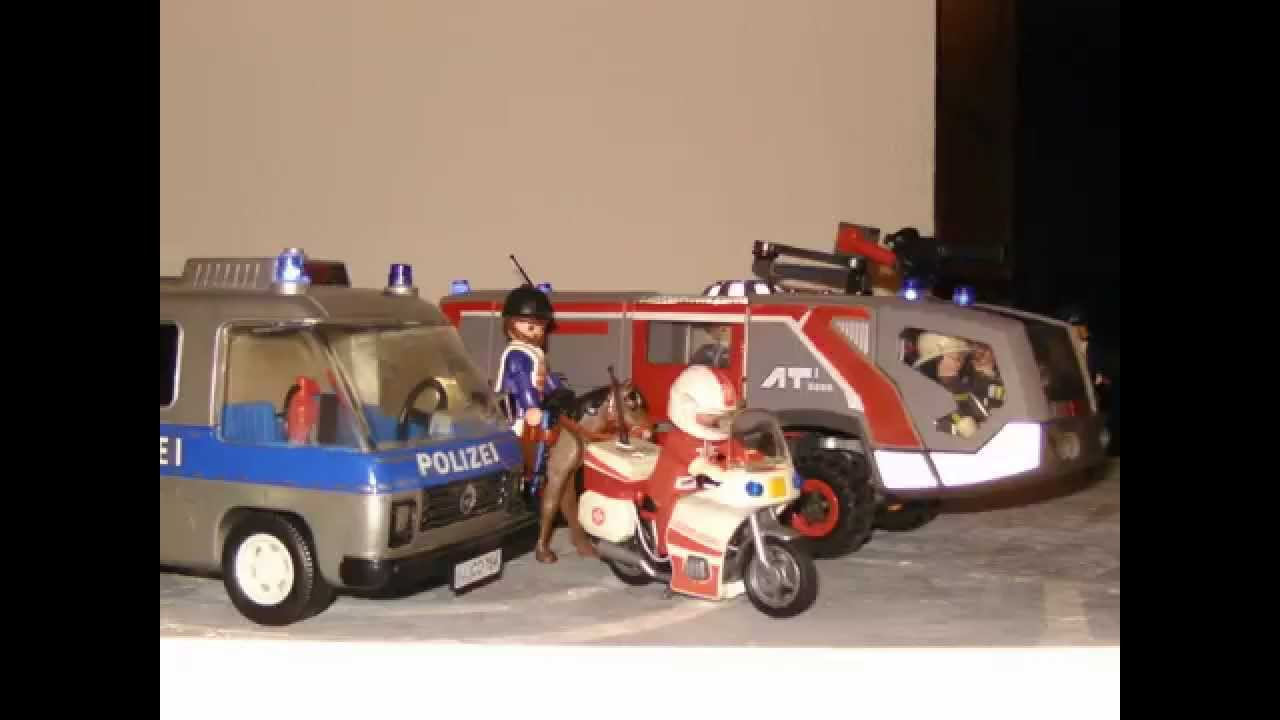 playmobil polizei rettungsdienst milit r und nat rlich. Black Bedroom Furniture Sets. Home Design Ideas