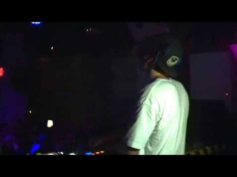 Will Sparks | Toronto: Swimming Pools w/ Mammoth, Go Crazy, Blurred Lines [08.10.2013]