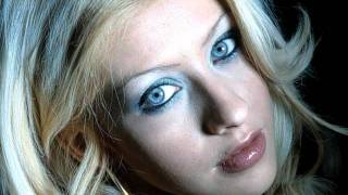 Christina Aguilera- Dreamy Eyes