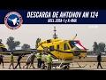 Descarga helicópteros desde Antonov An-124: Bell 205A-1 y K-MAX SCEL