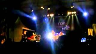 Video Iwan Fals - Sampah (Live in Std Notohadinegoro Jember) download MP3, 3GP, MP4, WEBM, AVI, FLV September 2018