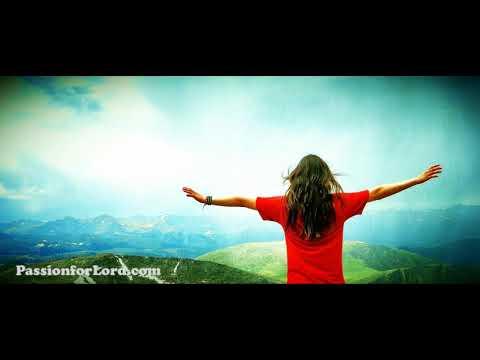 Athyunnatha Simhasanamupai (అత్యున్నత సింహాసనముపై)   Telugu Worship Song