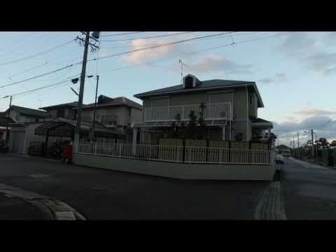 LIVE FROM JAPAN - Lower middle class urban Japan