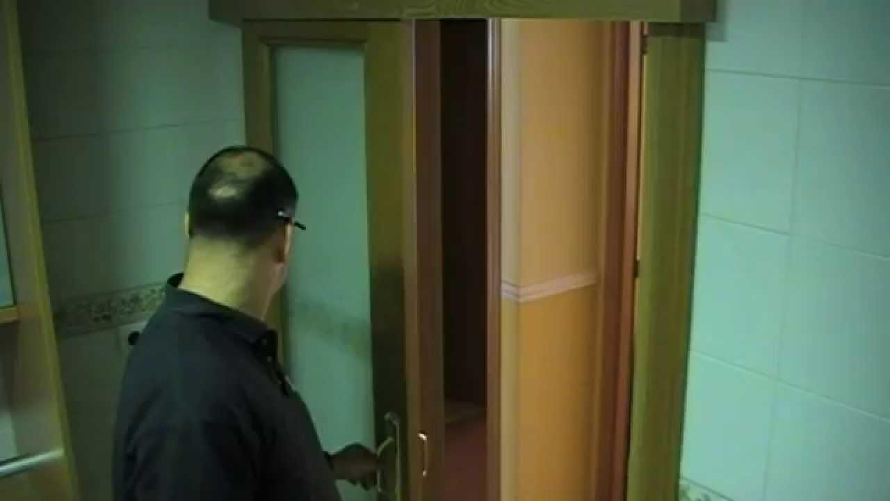 Cambiar una puerta abatible en corredera youtube - Como barnizar una puerta de madera ...