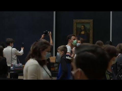 Mona Lisa vuelve al trabajo: reabre el Louvre
