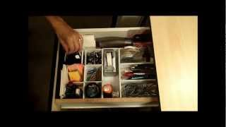 Learn how to Organize Your Desk - Organize Your Desk Drawer Thumbnail