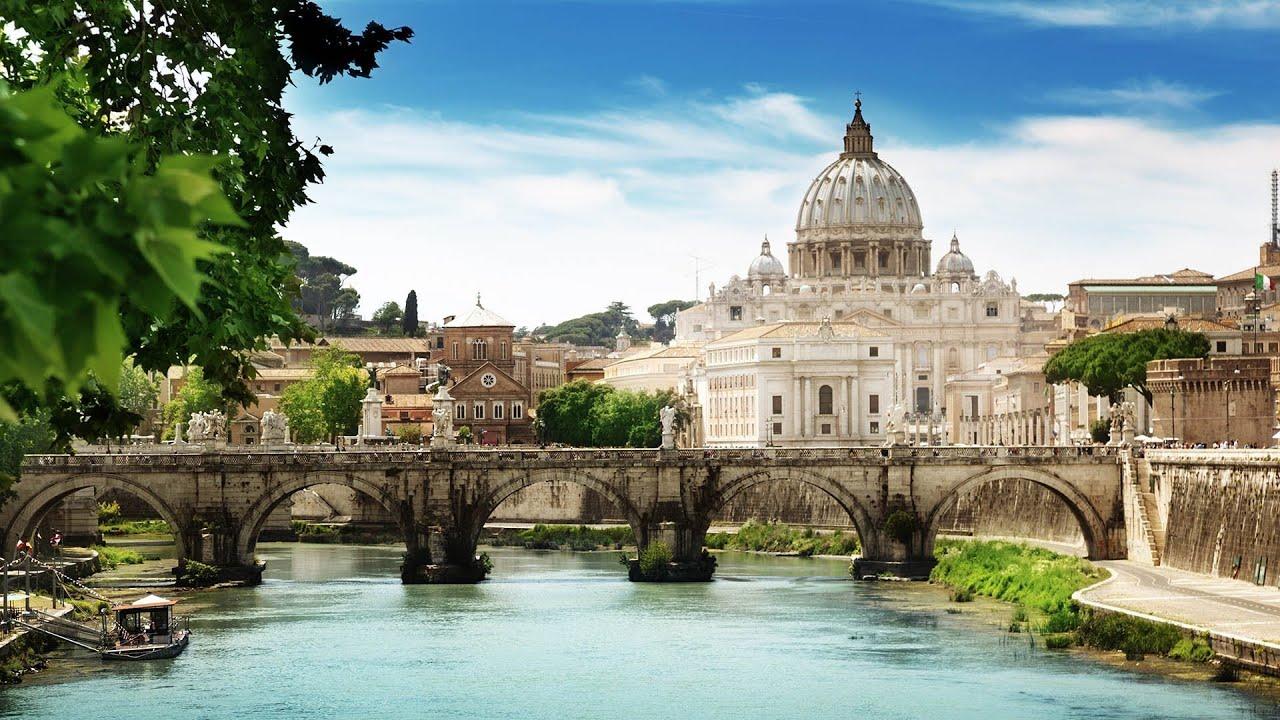 Зачем священники РПЦ ездят в Ватикан и встречаются с Папой Римским?