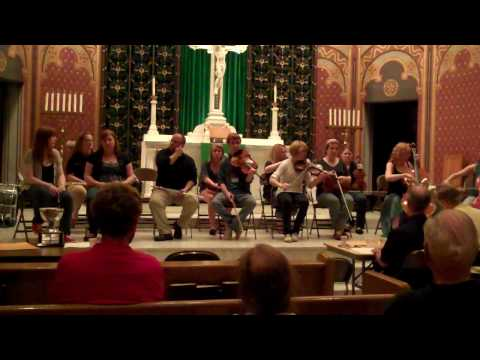 Academy of Irish Music  Midwest Fleadh 2010 older group
