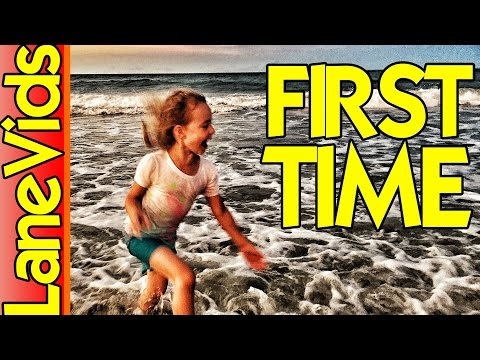 CUTE KIDS FIRST TIME AT THE OCEAN - Best Beach Vacations - Things To Do in Florida: Jacksonville, FL