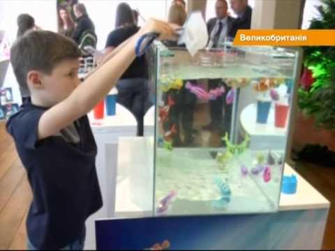 Летающая фея и рыбки-роботы - британские продавцы игрушек готовятся к Рождеству
