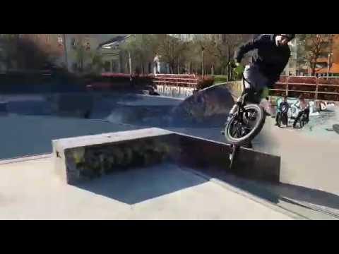 dce81fac Skatepark Motta(Milano) - YouTube