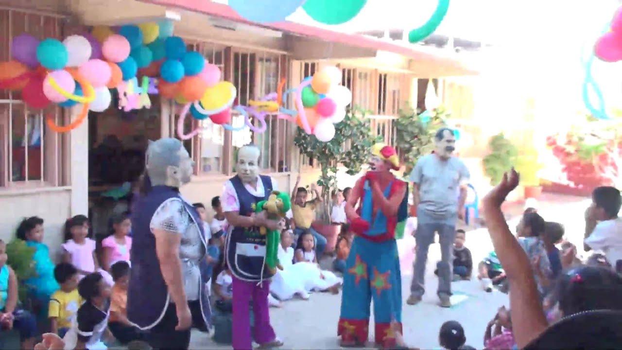 Huitzuco jardin de ni os festejo dia del ni o youtube for Juegos para jardin nios
