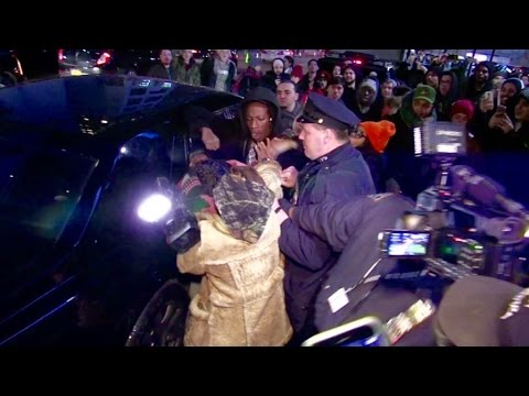 Joey Bada$$ almost fights a paparazzi while leaving the Yeezy show