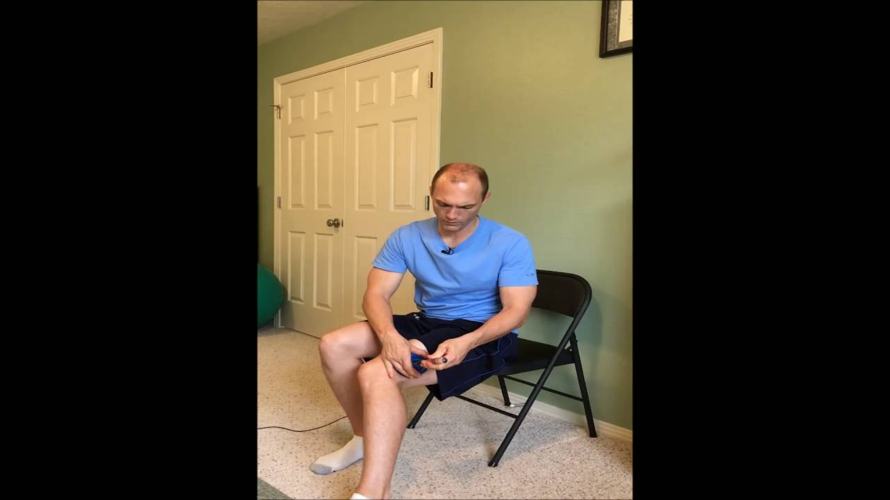 Cupping for IT Band Pain with a Plunger - YouTube