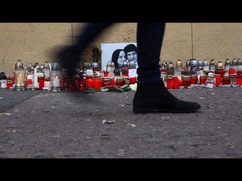 Slovaks pay tribute to slain journalist