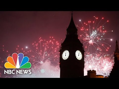 Watch Live: 2018 New Year celebrations around the world