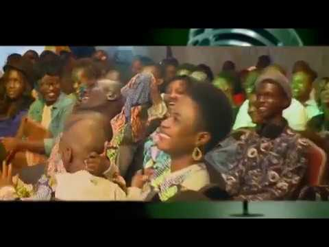 Download AKPORORO cracks all the ribs at Stand Up Nigeria Boxing Day! (PART 1)