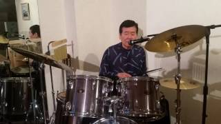 昔アリスが全くの無名の時、谷村新司のアパートで空で練習したことかあ...