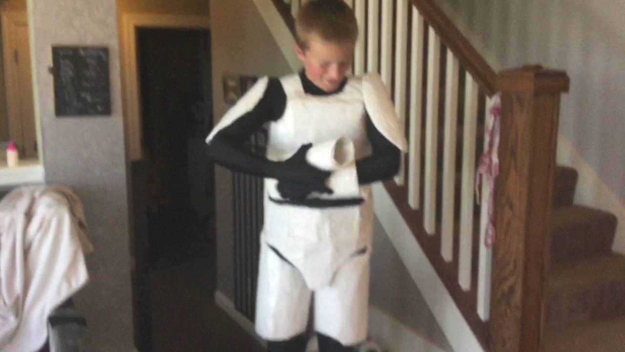 Diy storm trooper costume youtube solutioingenieria Gallery