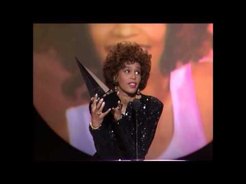Whitney Houston Wins Soul R&B Female  AMAs 1989