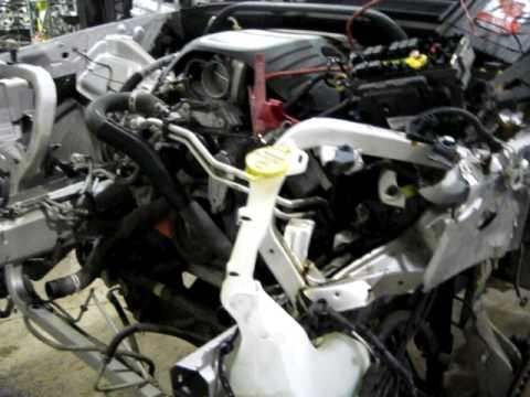 06 COMMANDER ENGINE SWAP - YouTube
