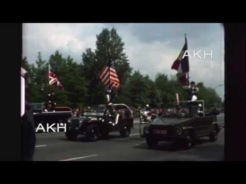 Karl Hoeffkes - Parade der Alliierten in West Berlin