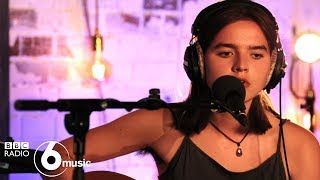 Goat Girl - Viperfish (6 Music Live Room)