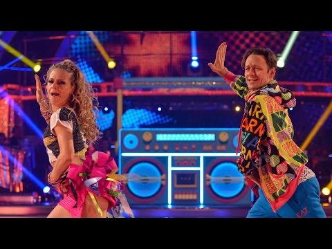 Kellie Bright & Kevin Clifton Samba to 'Boom! Shake The Room' - Strictly Come Dancing: 2015