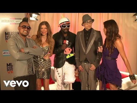 The Black Eyed Peas - 2010 Backstage Interview (American Music Awards)